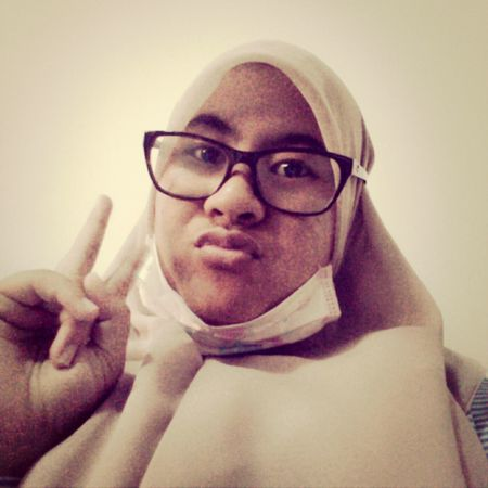 I feel bored when general psychology class so im selfie haha