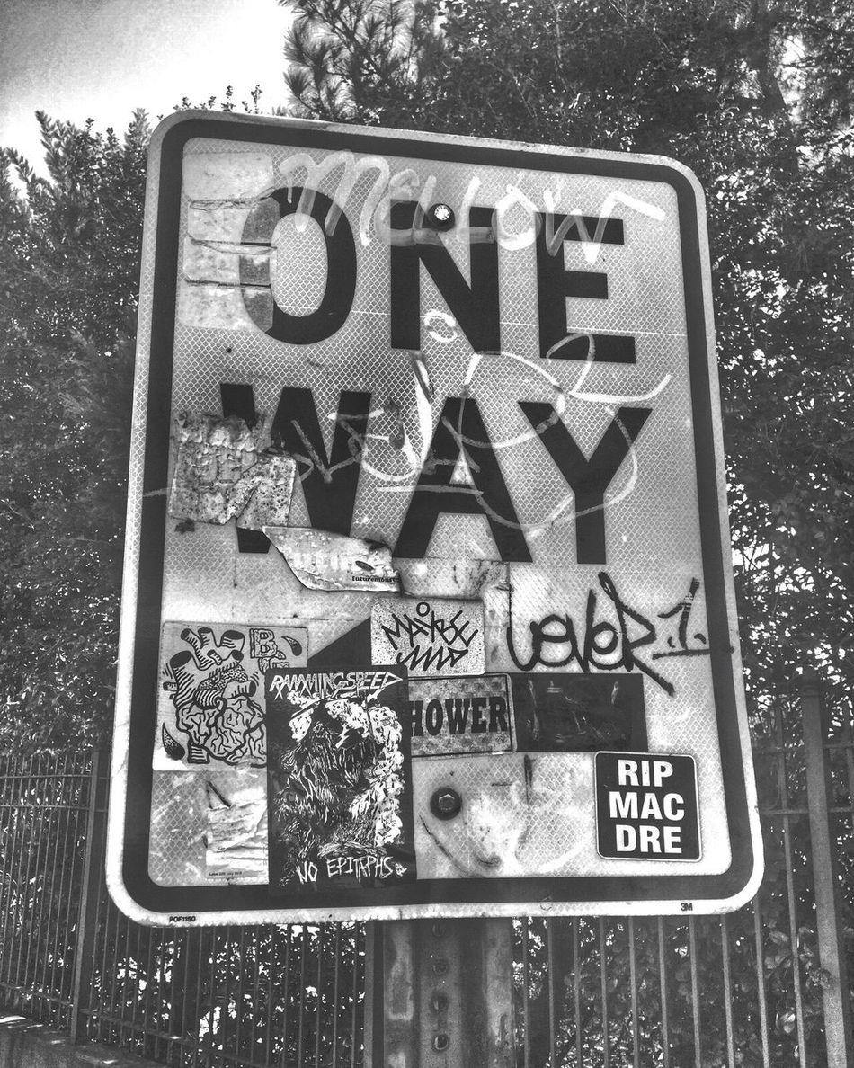First Eyeem Photo Streetphotography Street Art Creativity Writers DopeShit Texture Blackandwhite DOPESHOTS Illshots Graffiti Tagging Taggin Blackandwhite Photography