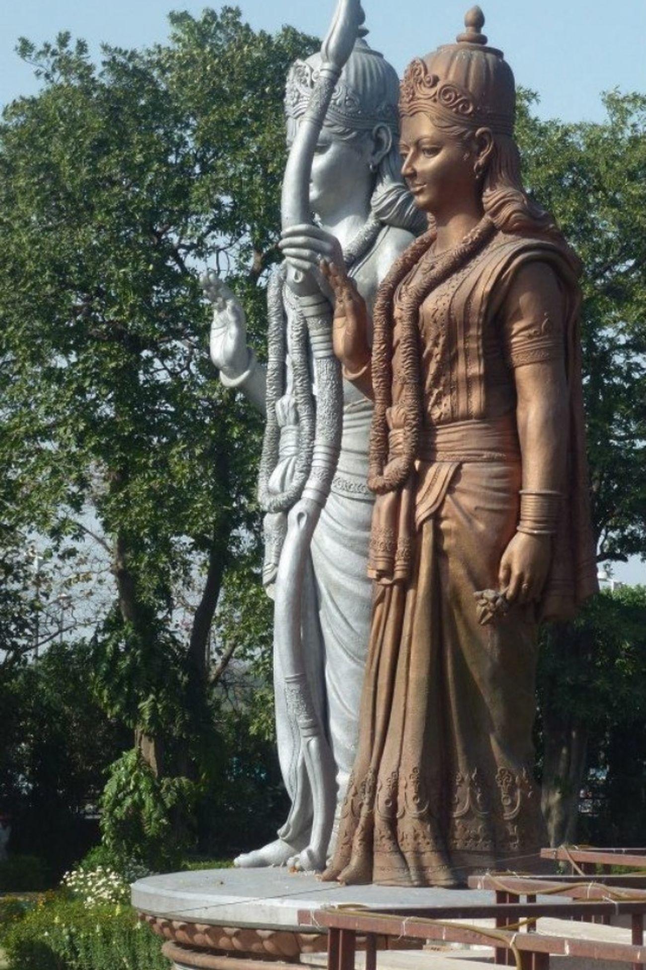 Traveling India Mandir Murti