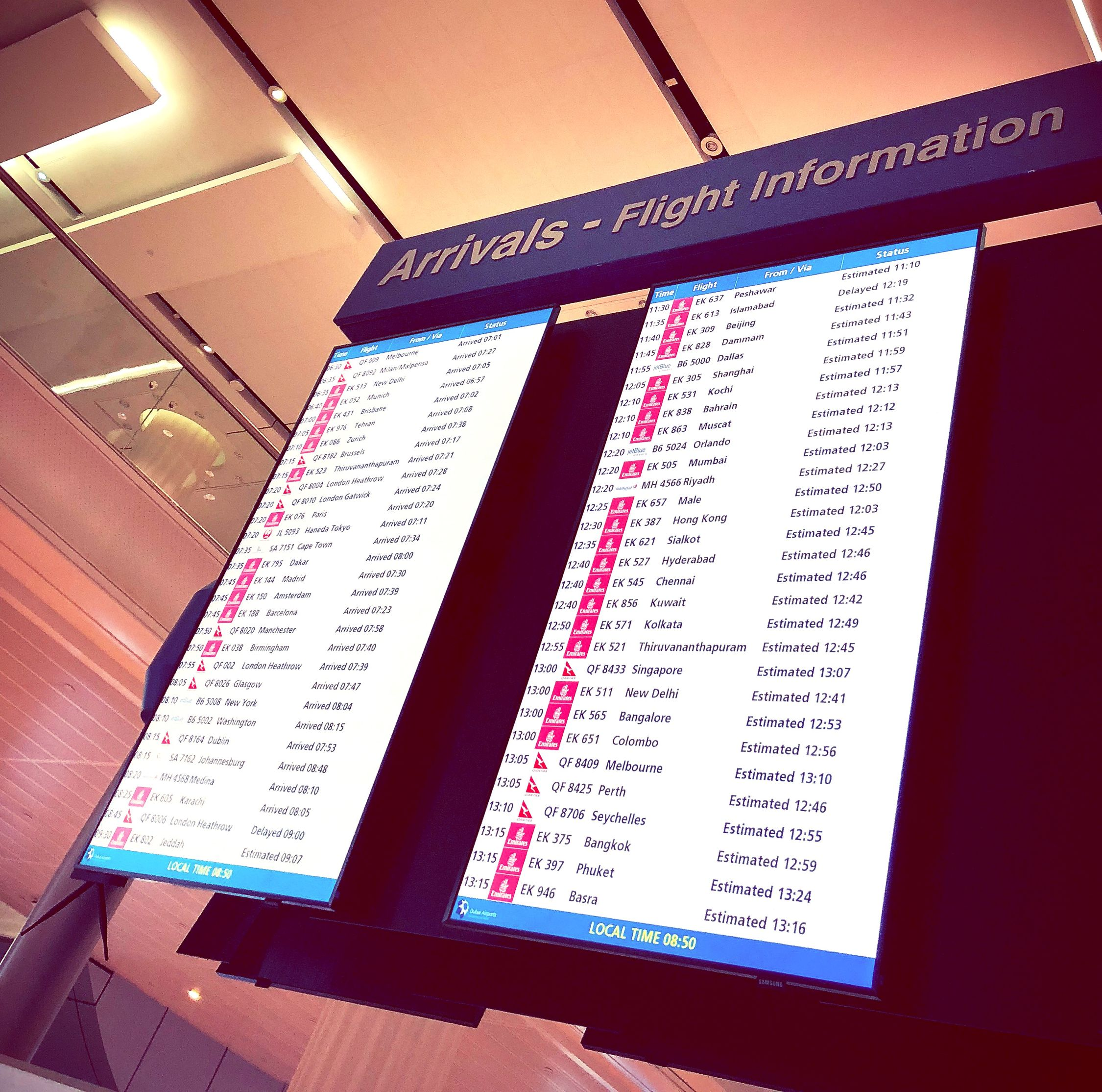Arrivel Airport Communication Indoors  Text Low Angle View No People Day Close-up