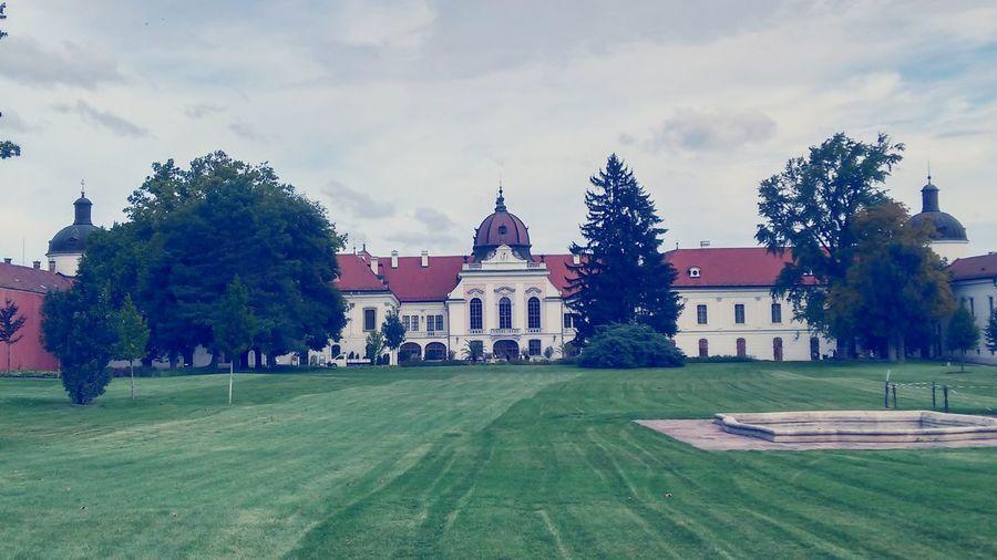 Castle on Gödöllő, Hungary Hungary Godollo Castle Beautiful First Eyeem Photo