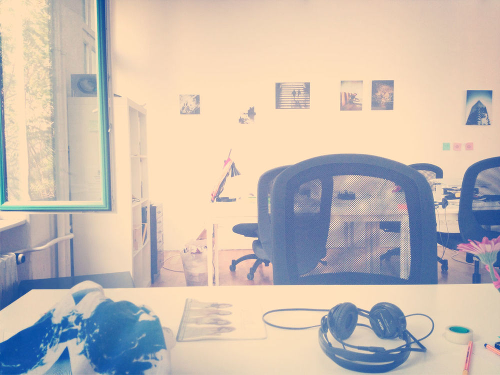 testing at EyeEm HQ by Gen Sadakane