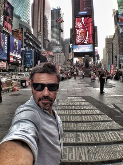 Selfie ✌ Self Portrait Selfportrait NYC Times Square NYC New York The Tourist Feel The Journey Battle Of The Cities