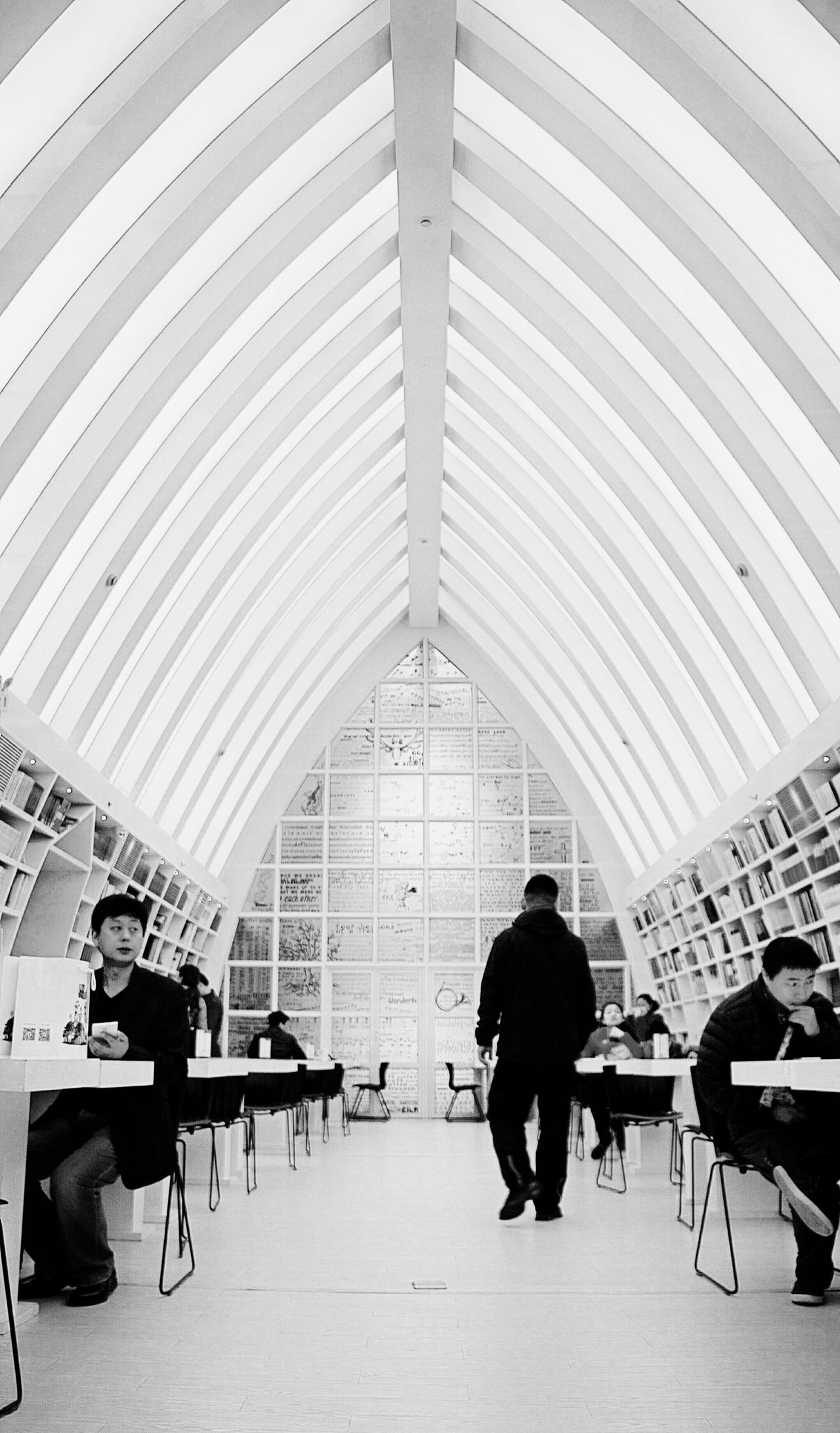 Architecture Symmetry Symmetrical Shapes And Lines Black And White Black & White Black And White Photography Shapes And Patterns  Shapes And Forms In The Room People Reading Reading Library Knowledge Is Power Study