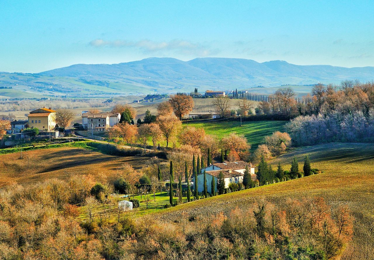 """Bella Toscana"" - Bagno Vignoni Italy Photobydperry Sky Mountain Nature Scenics Beauty In Nature No People Agriculture Outdoors Day Historical Place Travel Destinations Travel Bagnovignoni Italia Toscana Toscana ıtaly"