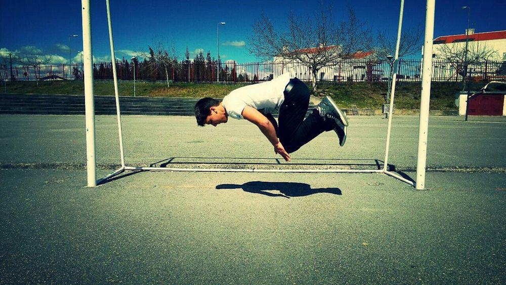 Push-up moment Balancing Act