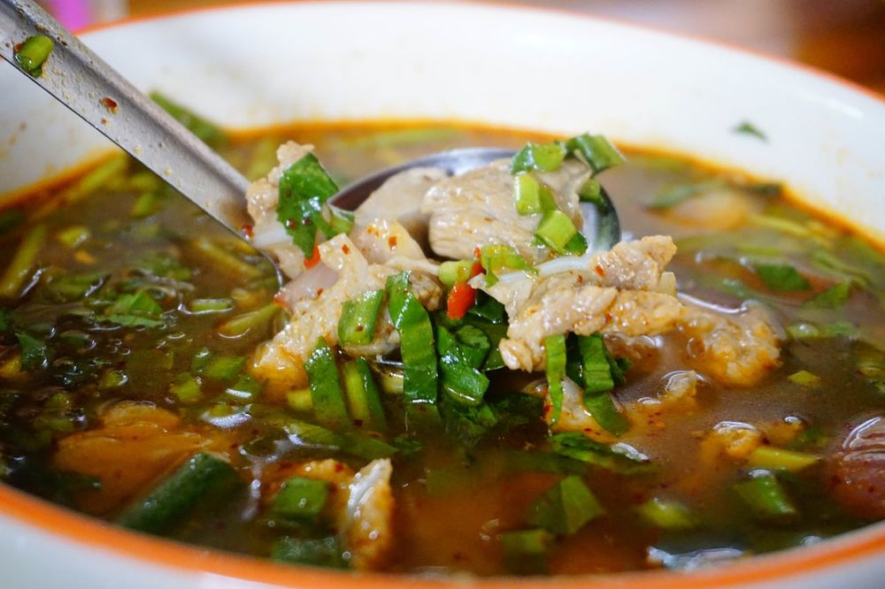 Bowl Chilli Close-up Day Delicious Food Food And Drink Freshness Healthy Eating Herb Hot And Sour Soup Indoors  No People Ready-to-eat Savory Food Serving Size Soup Vegetable
