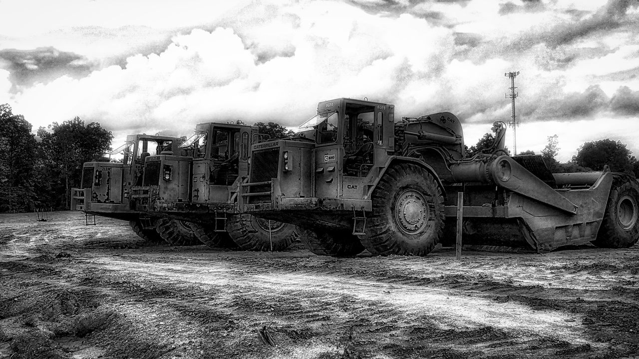 Black & White Blackandwhite Construction Earth Earth Mover Equipment Iphone6 IPhoneography Iphoneonly Machinery