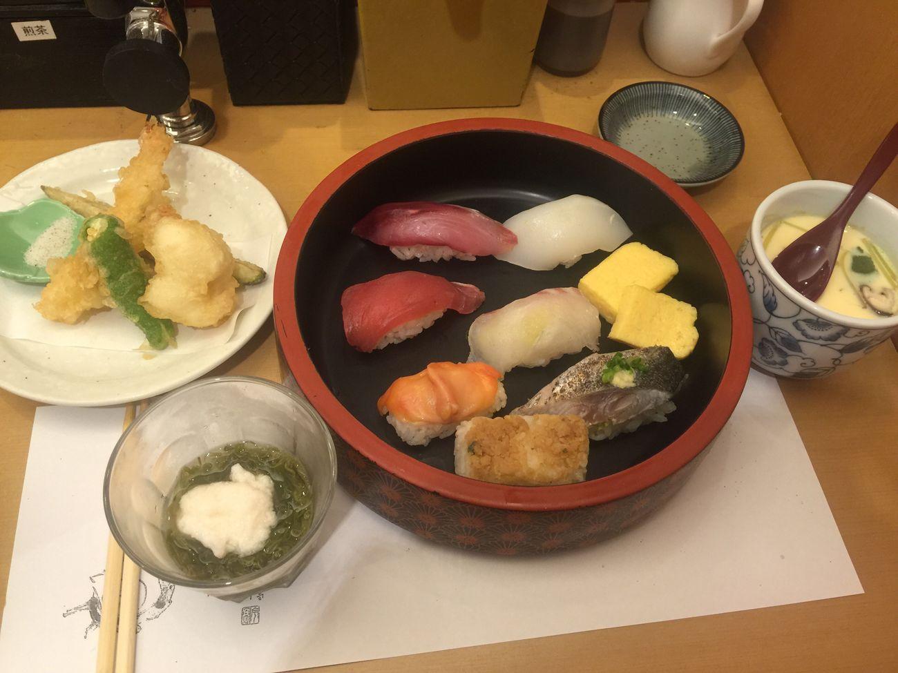อาหารกลางวัน 午餐 Lunch Japanese Food Yummy Delicious Sushi Tenpura In My Mouf Food Porn