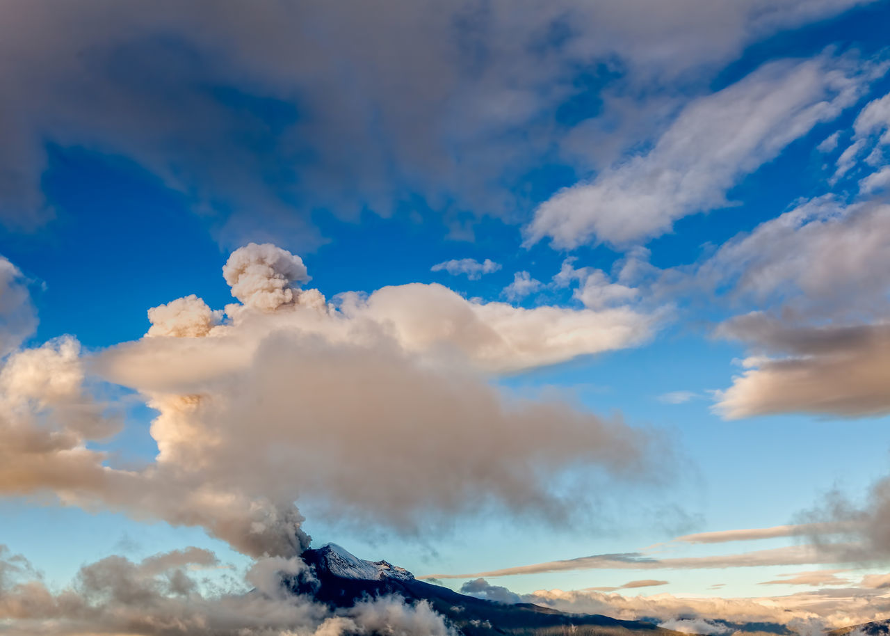 cloud - sky, sky, nature, beauty in nature, outdoors, scenics, tranquility, blue, day, tranquil scene, no people, mountain