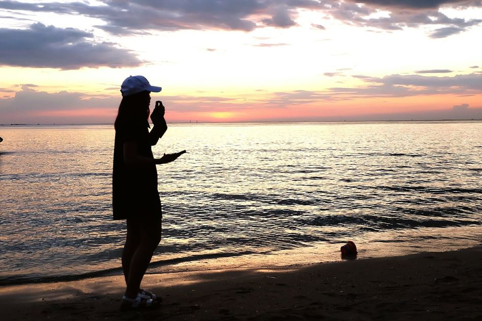 Beach One Person Sea Outdoors Reflection Adults Only Full Length Adult Cloud - Sky Only Women Horizon Over Water Sand One Woman Only People Vacations Sky Sunset Women Standing Nature