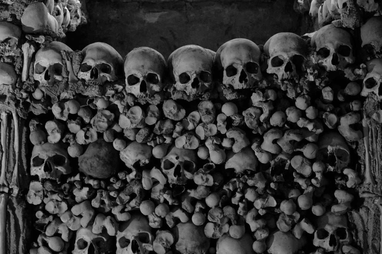 Alentejo,Portugal Capela Dos Mortos Church Evora, Portugal Religion Skulls Évora