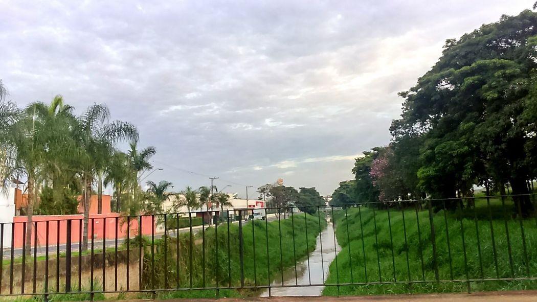 Love My City Beautiful Day Nature_collection TreePorn Hello World Goodmorning Cloudporn Rain☔ Skyporn Nice Photo 💞☁⛅
