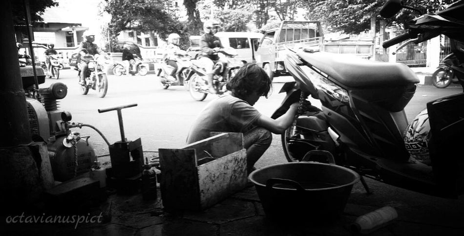 Real People Phonegraphy PhonePhotography Octavianuspict Lenovo A6000 Indonesia_photography Eyeemindonesia Streetphotography Photophone  EyeEm Best Shots - Nature EyeEm Gallery EyeEm Best Shots - The Streets Tambalban
