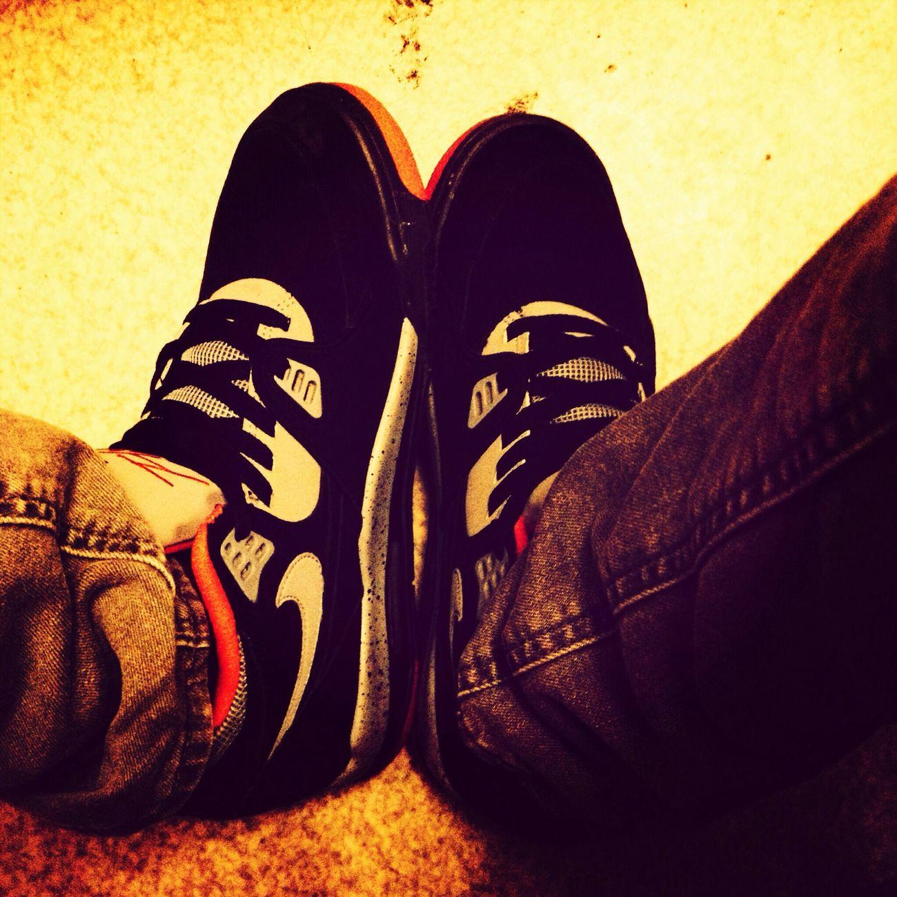 Sneakers Black Lyon France Lyon69 today us m'y days negga