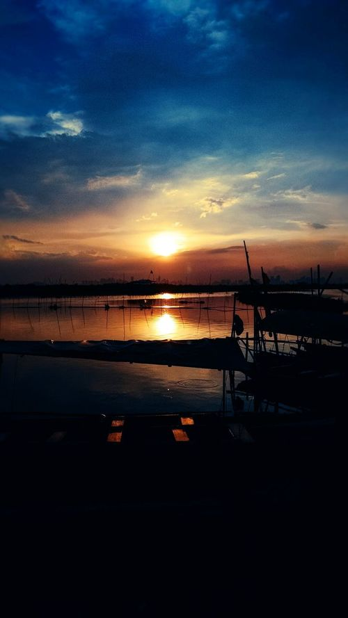 Sunset Sunset Water Sea Sky Nature Outdoors Boats Lake Lake View Lakeside Angonorizal Rizal No People Reflection Beauty In Nature Silhouette Tranquility Scenics Tranquil Scene Beach Day Astronomy First Eyeem Photo EyeEmNewHere