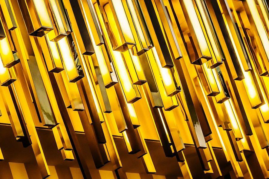 43 Golden Moments Golden Bars Kuwait Avenues Mall Harveynichols Gold كويت الكويت الافنيوز Color And Patterns