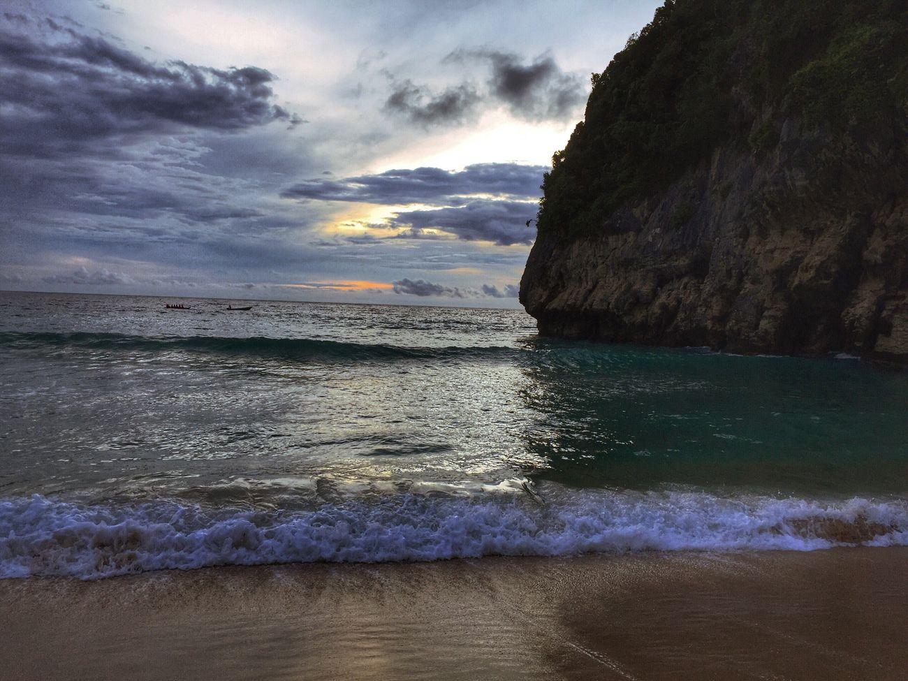 🌊 #pantaitebinglampuuk #bandaaceh #wisataaceh #beach #sunset #indonesia #🇲🇨 #sealover Beachtime