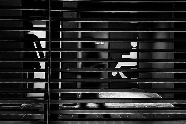 LitratistaSaDaan Daandxb Dubaistreets Streetphotography Bnw_oftheworld Gramoftheday Photooftheday EverydayStreet Mydubai Bnw_society Bnw Bnw_magazine Bnw_universe Igersbnw Igers Igersdubai Instadaily Snapseed SP Streetphoto_bw Streetshot Streettogs Blackandwhitephotography Daan Streetphotographerdubai