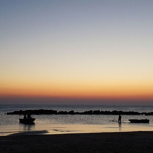 Sunset Tranquility Nature Enjoying The Sun Love <3 Siluet Nature_collection EyeEm Nature Lover Life Is A Beach Good Morning
