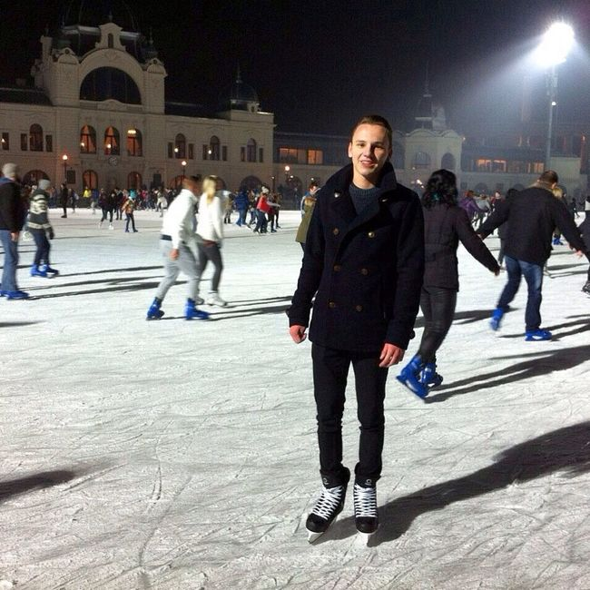 Enjoying Life Winter Sport Boy