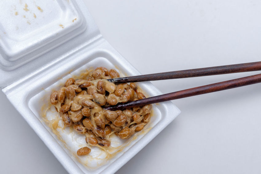 Breakfast Chopsticks Close-up Fermentation Fermented Food Food And Drink Healthy Eating Indoors  Japanese Food Mixed No People Ready-to-eat Retail  Serving Size Smelly Soy Soybeans Studio Shot WASHOKU White Background