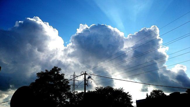 Havada Bulut Sen Bunu Unut Bulut Bulut☁ Bulutlar ☁ Bulut Ve Güneş🌞⛅ Turkey Gökyüzüharika Gokyuzu Manzara Hi! Taking Photos