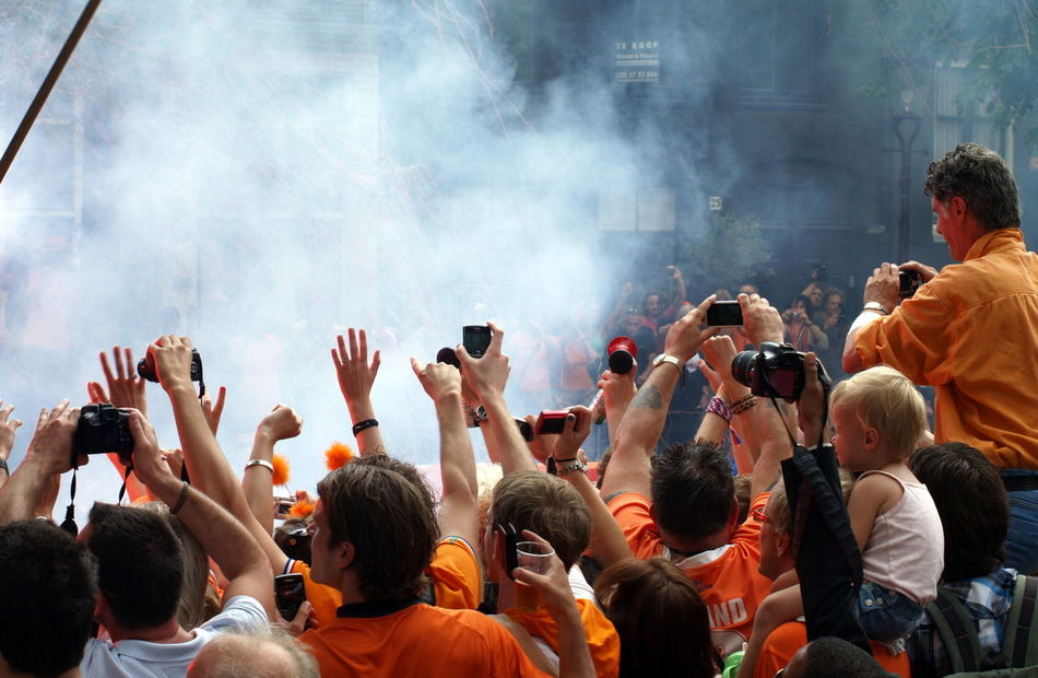 Adult Amsterdam Arjen Robben Arms Raised Arts Culture And Entertainment Audience Boat Can Celebration Ceremony Crowd Dutch Dutch Soccer Team Enjoyment Fan - Enthusiast Human Arm Large Group Of People Limb Orange People Robben  Soccer Togetherness World Champion World Championship Soccer 2010