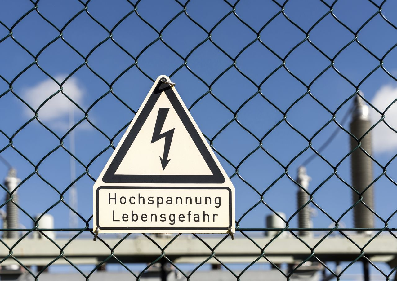 Chainlink Fence Close-up Clouds And Sky Communication Danger Danger Of Death Day Electricity  Flash High Voltage High Voltage Sign Metal No People Outdoor Outdoors Protection Safety Security Signal Sky Text Triangle Shape Warning Sign The EyeEm Collection Selected for Premium Collection