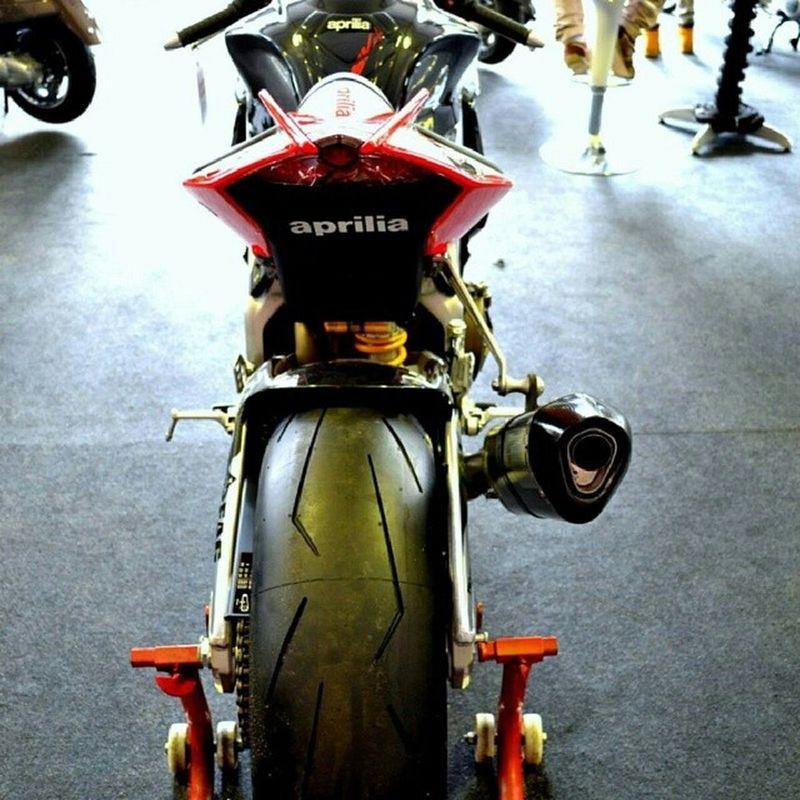 Dat Ass RSV4 Aprilia RSV4 Superbike Malaysia Malaysian