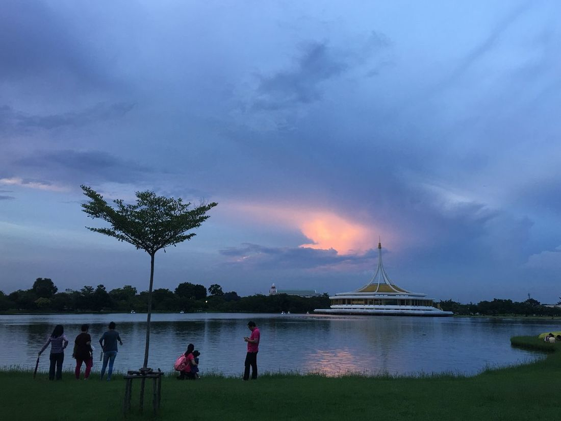 Garden สวนหลวง Beauty In Nature Cloud - Sky Illuminated Lake Landscape Nature Night Outdoors People Real People Scenics Sky Tree Water Lieblingsteil