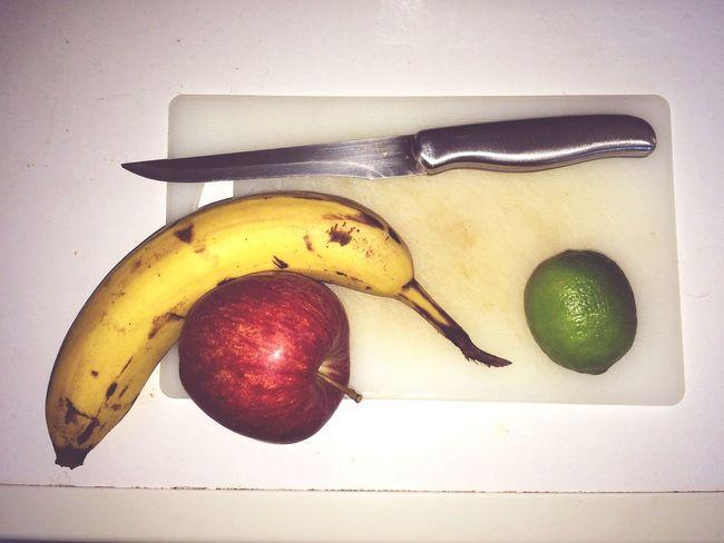 Messer mit Obst