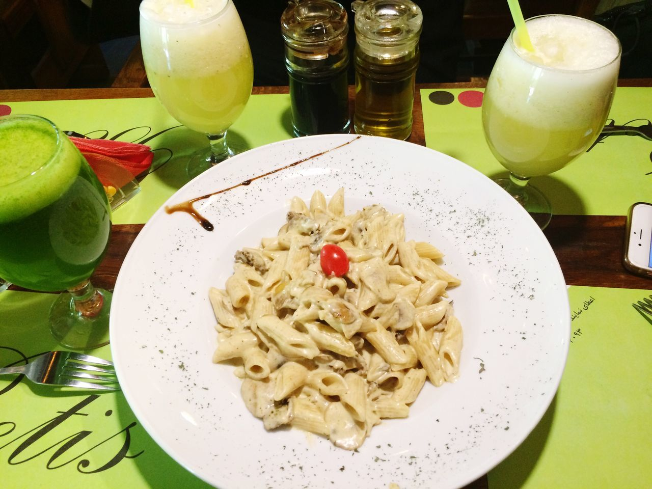 Pasta Betis Beef Alfredo Tehran Tehran, Iran Check This Out Hanging Out Friends Friendship Enjoying Life Yummy Pastalover Shahrakgharb Shahrak_e_gharb Mojito! Mojito Time Lemonade