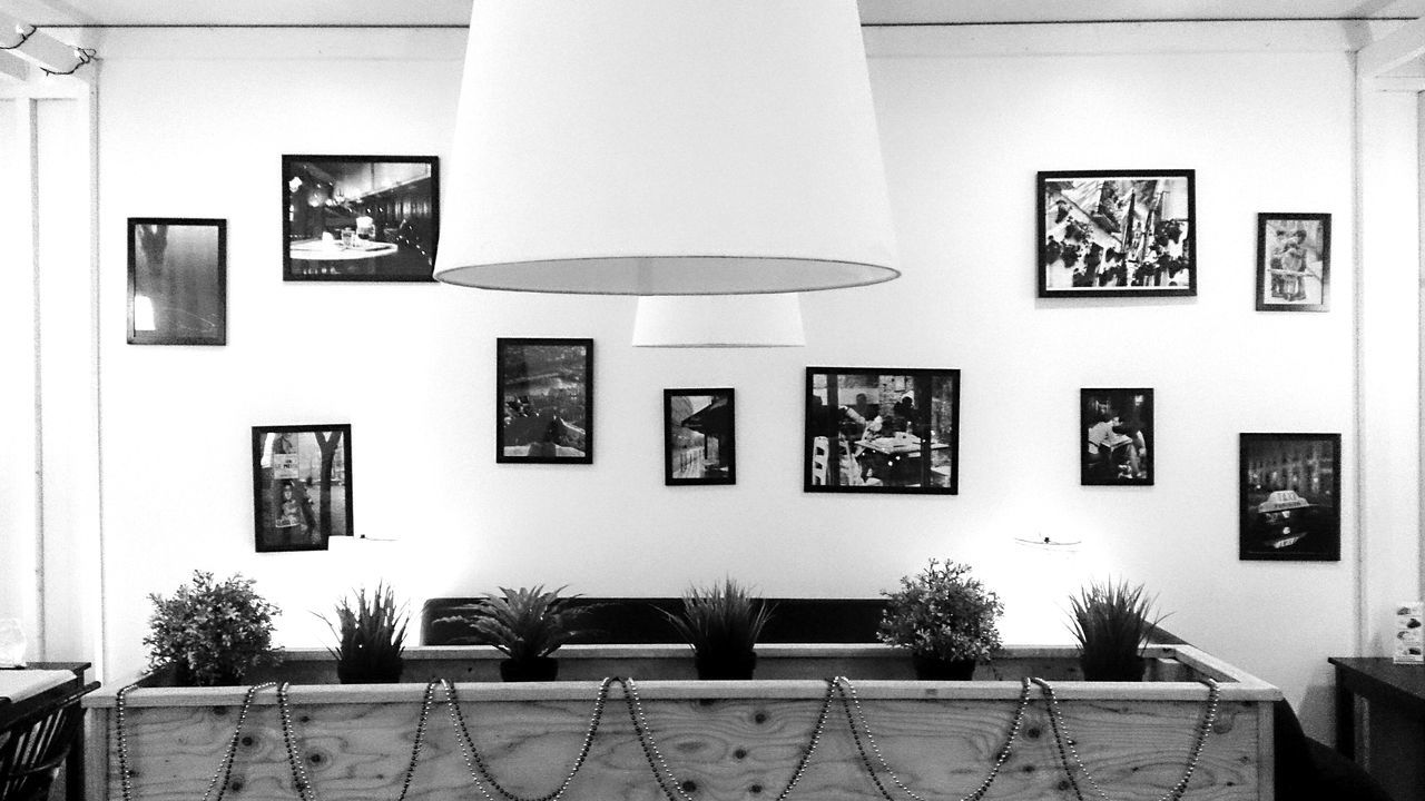 Sony Xperia Zr Mobile Photography Mobilephotography Composition Coffee Shop Decoration Symmetry Symmetrical Black And White Black And White Photography Black & White