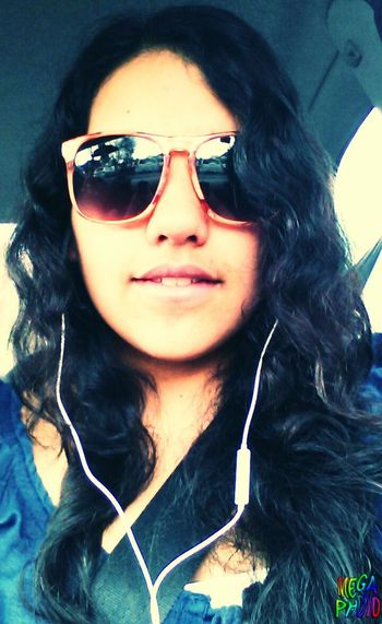 Hi! That's Me Hello World Sunglasses