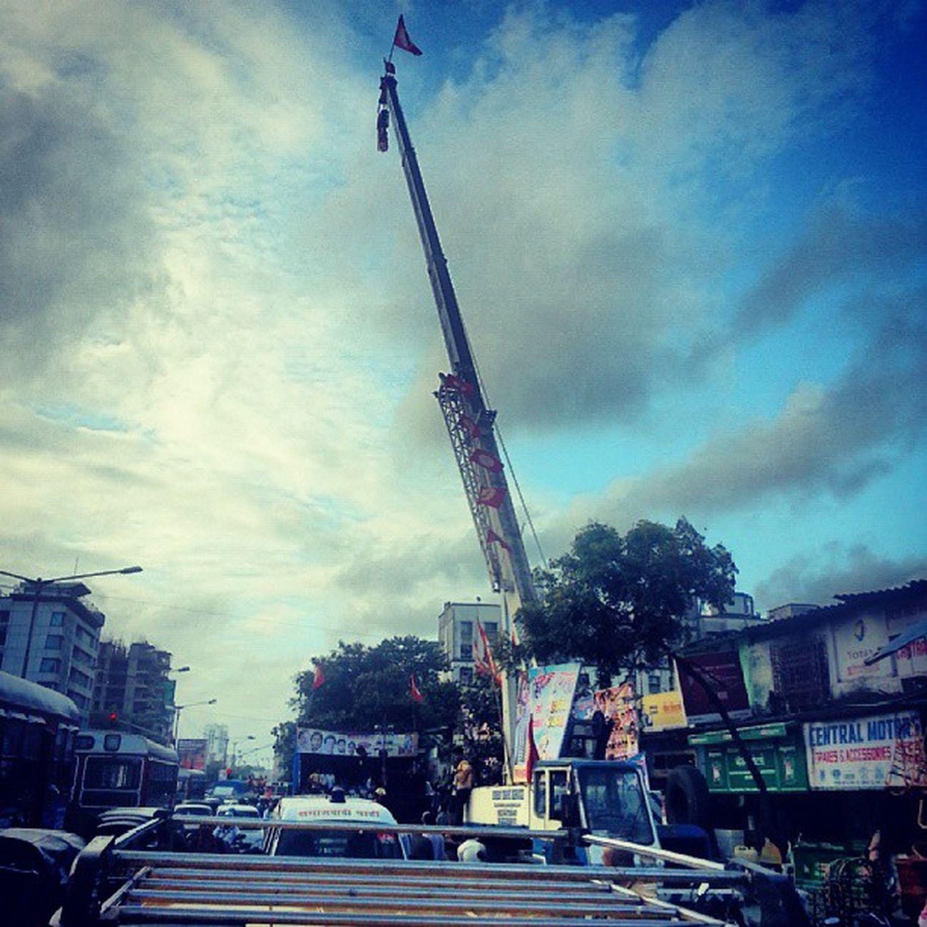 Capture the flag... Dahihandi Mumbai Janmashtami Krishna