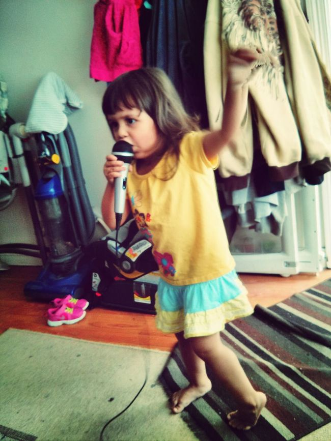 Taking Photos Singing My Heart Out Rocking Out Babysinger