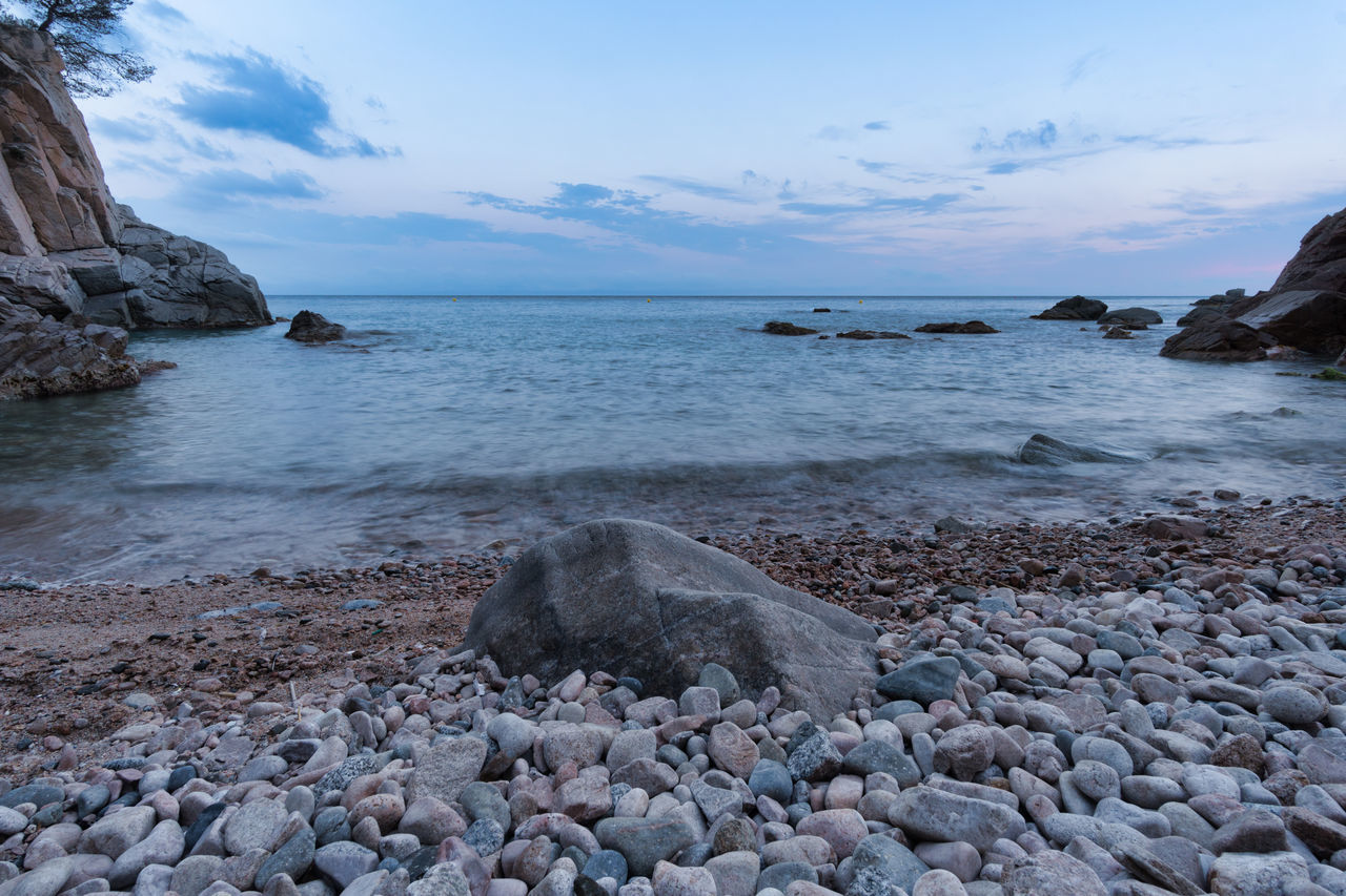 Beach Beauty In Nature Cloud - Sky Day Horizon Over Water Long Exposure Nature No People Outdoors Pebble Pebble Beach Rock Rock - Object Scenics Sea Shore Sky Tranquil Scene Tranquility Walimex 12mm Water