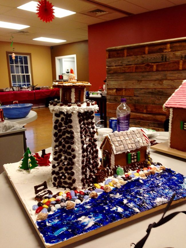 Complete with working light ! Gingerbread Gingerbread Lighthouse Lighthouse Gingerbread House Christmas Baking Christmas Fun