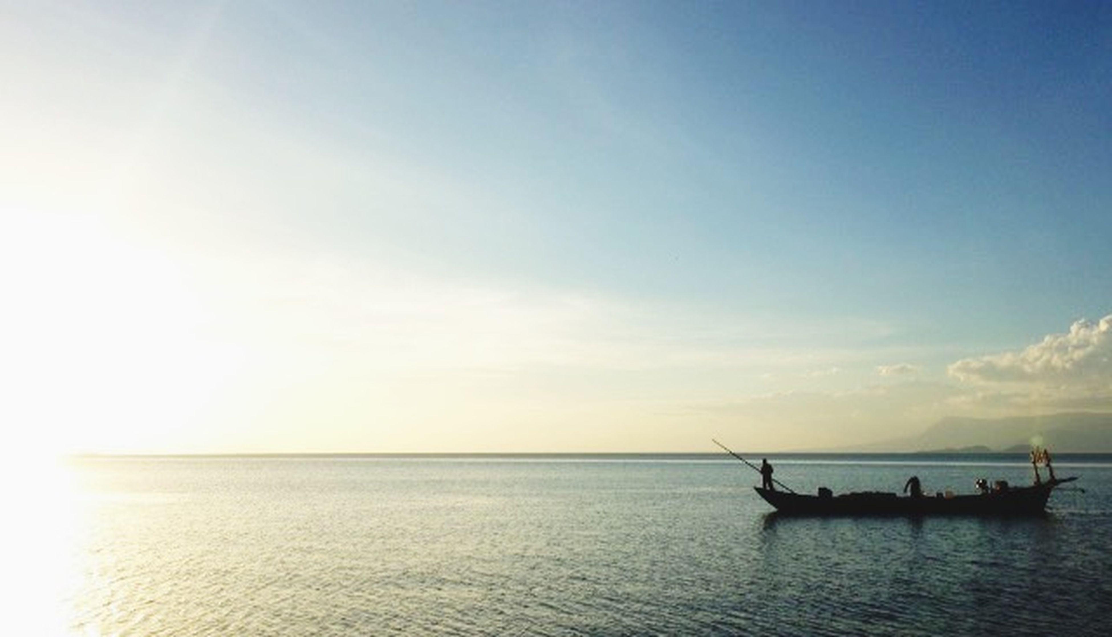 Life of fisherman Sea Sunsetphotographs Fisherman
