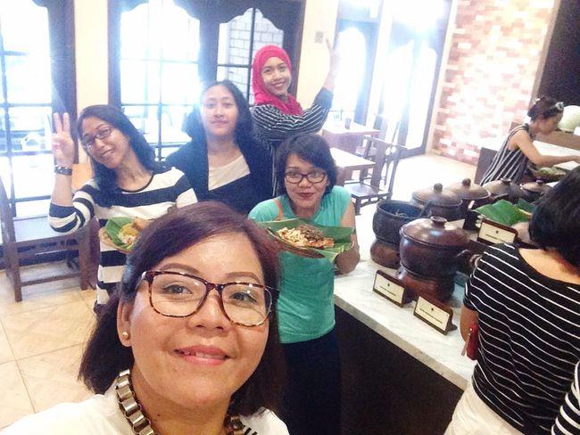 Arisan 3, IM Mommies. Mobile Upload-Me & Friends Arisan IMCH By ITag ImpressiveMindsMoms