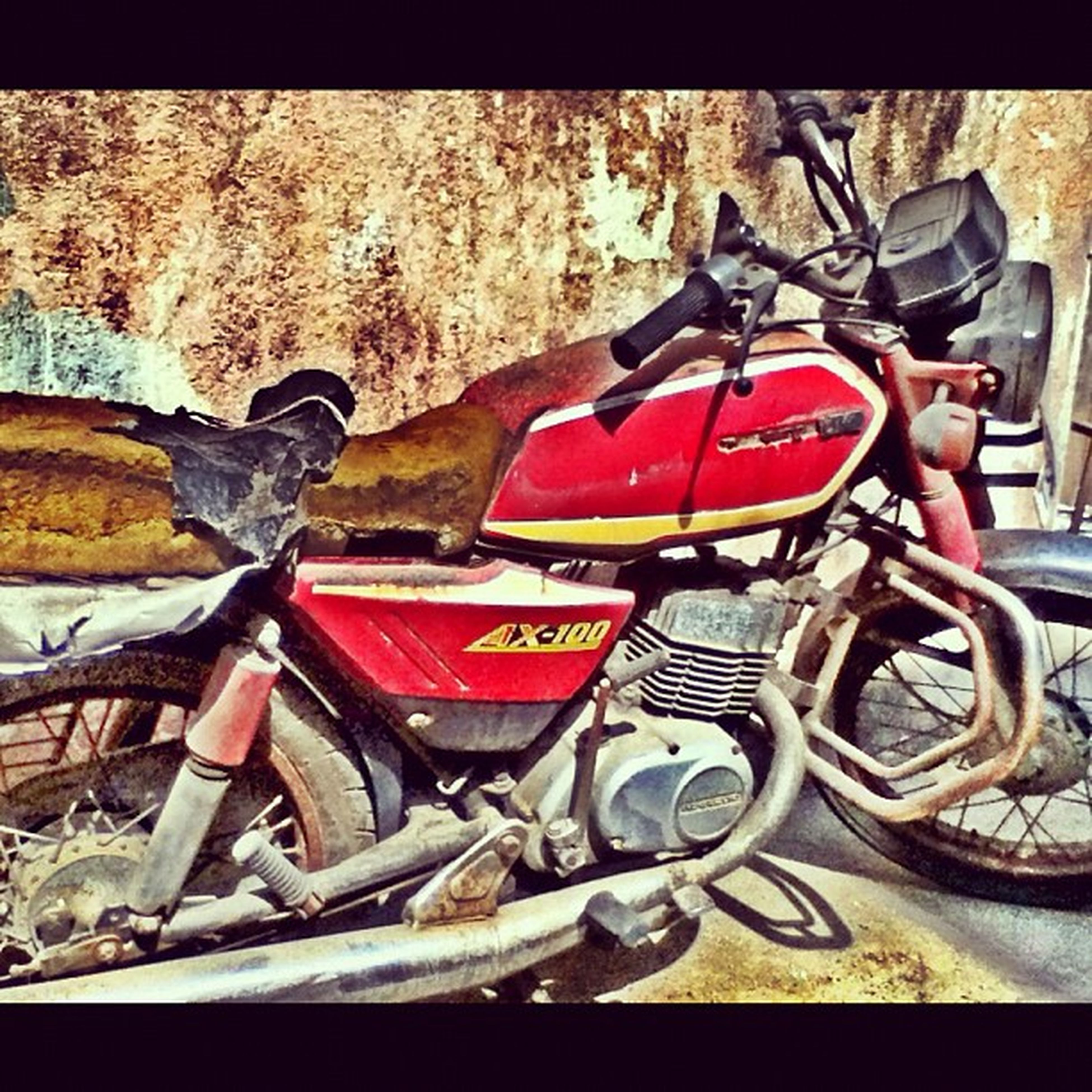 An old abandoned Bike ...