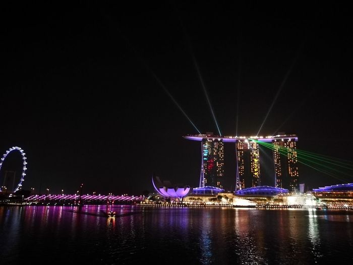 Not enough words to describe beauty of this place❤ Night Reflection Waterfront Travel Destinations City Water Neon Outdoors No Edit/no Filter Cultures Singapore Travel ASIA Marina Bay Sands Incredible