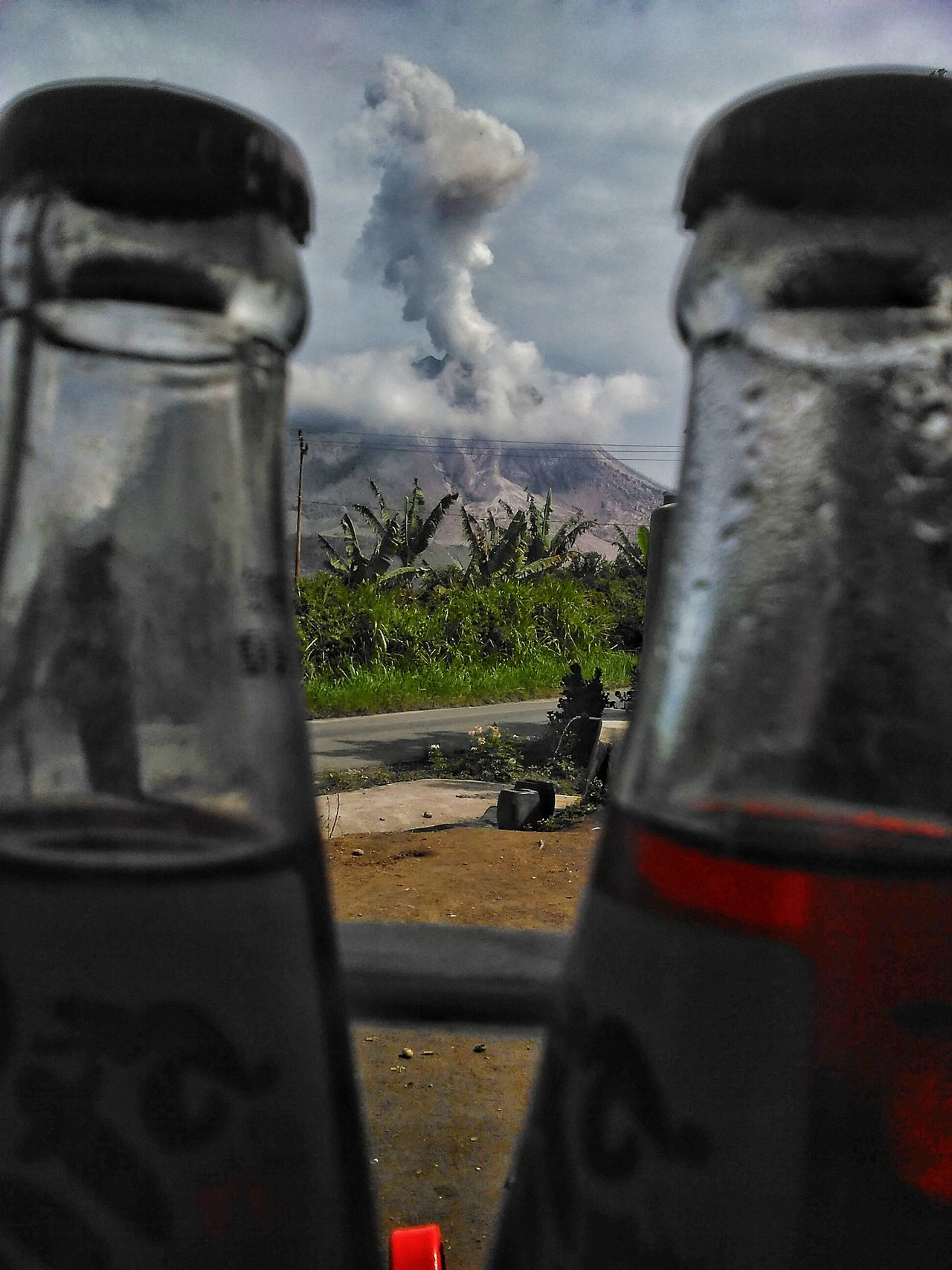Sinabung eruption today, Sinabung Level IV the alert to resident Sinabung Sumatera Utara Sinabung Masihindonesia Pfimedan Pewartafotoindonesia EyeEm Best Shots EyeEm Nature Lover EyeEm Gallery