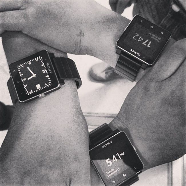 lol XPERIA Smartwatch2
