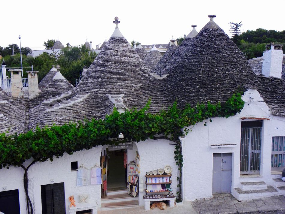 Alberobello Alberobello - Puglia Alberobello City Alberobellocity Alberobelloexperience Alberobellophotocontest Architecture Building Exterior Built Structure Day Exterior No People Outdoors Tiled Roof  Town