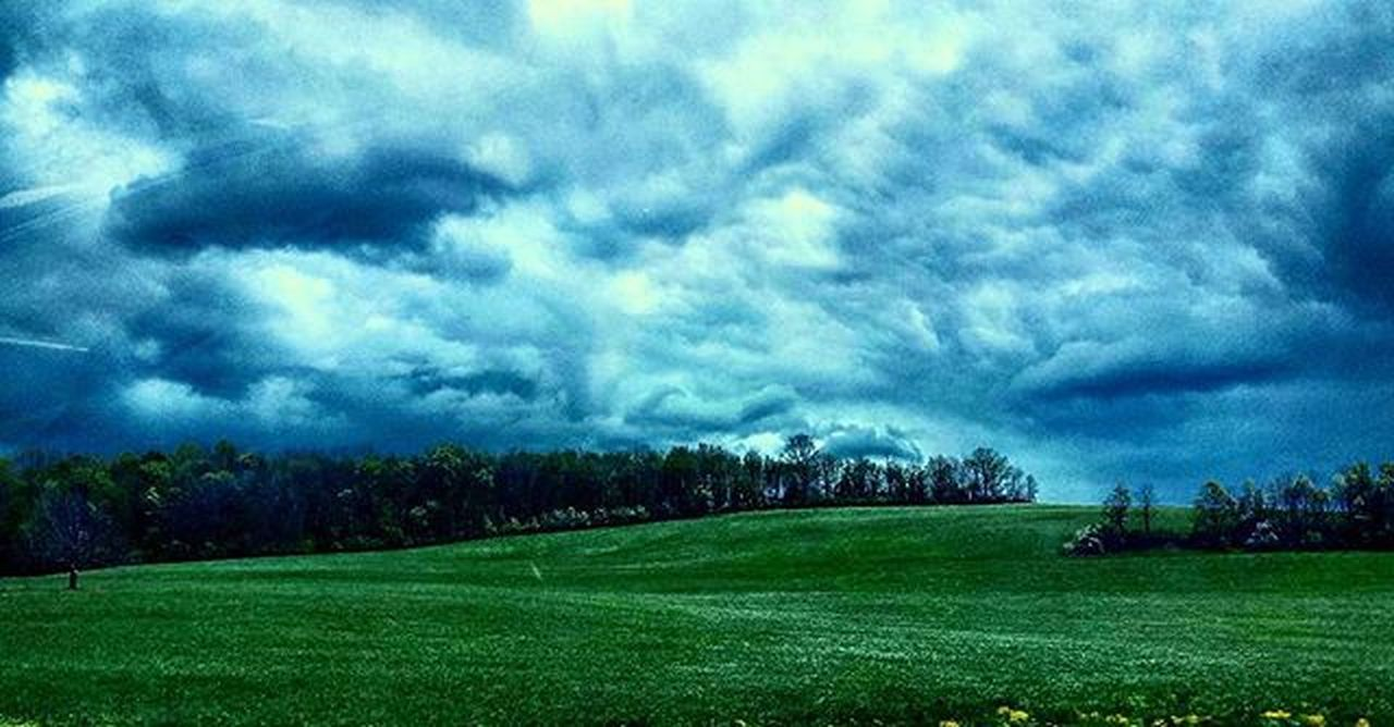 Let's try this one more time with feeling. Storm Photography Skyporn Nature Mothernature Beautiful Pennsylvania Countryside Country Love Amazing Perspective Like4like L4l Lfl Picoftheday Likeforlike Colorful Beauty Scenery Texture Blink182 Dontleaveme Lyrics Music