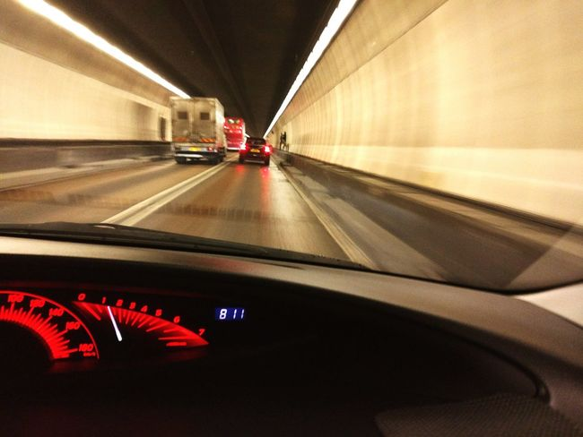 MeinAutomoment Cars HongKong Tunnel View Lion Rock Tunnel Speed Limit Lights