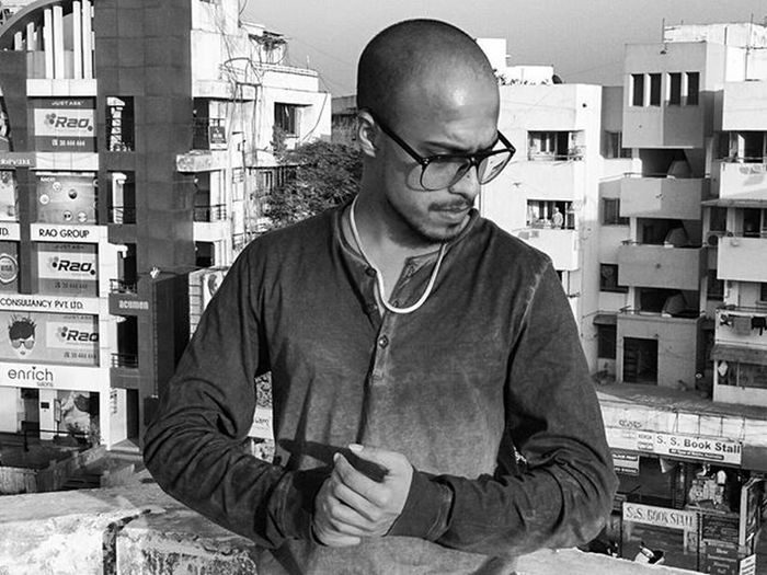 Lastsunday Wednesday Topontheworld Terrace Instagram_ahmedabad AllBlack Positivevibes PC:- @peterkoyal