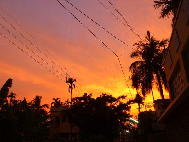 Q Sunset Bengal India Neighborhood Fun Street Photography Clouds And Sky Mobile Photography